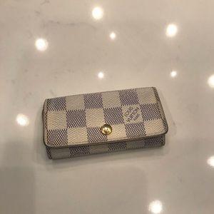 Louis Vuitton keyholder Keychain